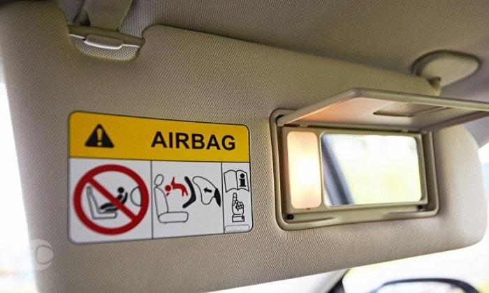 بررسی انواع ایربگ  خودرو